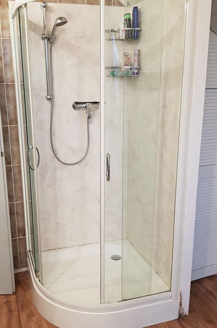 ein gelungenes fresh up f r eine in die jahre gekommene dusche bernhardt haustechnik. Black Bedroom Furniture Sets. Home Design Ideas